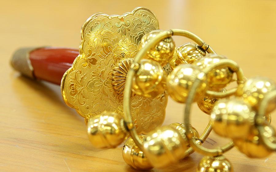 神宝装束殿内調度品の錺金具